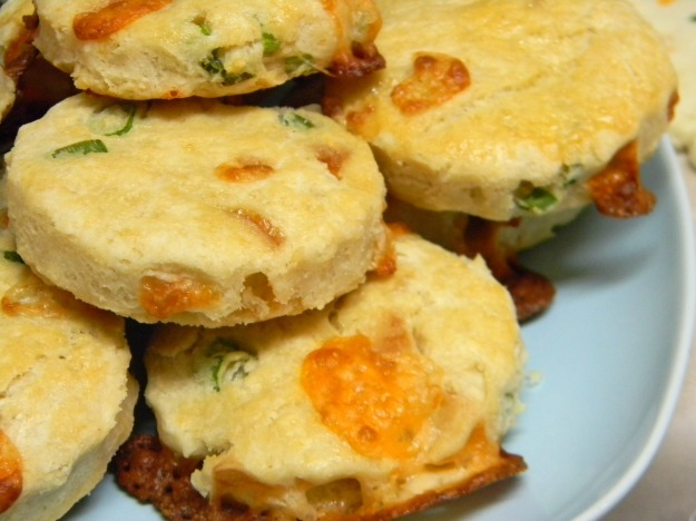 Cheddar and Green Onion Biscuits | Z's Cup of Tea